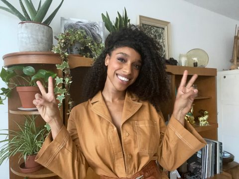 @liannelahavas: 'I'M DOING SOME GIGS THAT YOU CAN PHYSICALLY GO TO IN LONDON!